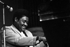 Fats Domino in 1973 in der Musikhalle Hamburg.