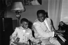 "Antoine ""Fats"" Domino and son Antoine III, August 8, 1957."