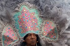 Chief Howard Miller of the Creole Wild West Mardi Gras Indians in 2010.