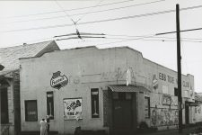 The building that formerly housed the Gypsy Tea Room in 1961, when it was the Ebb Tide Nite Club.