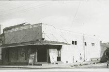 The Gypsy Tea Room on St. Ann Street in 1942.